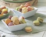 MACARONS CLASSIQUES (framboise, citron, vanille, chocolat, café, pistache) OU ORIGINAUX (framboise groseille, praliné, mangue, figue, pomme verte, caramel) (1)